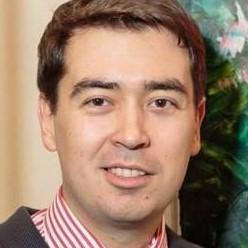 Дмитрий Струк